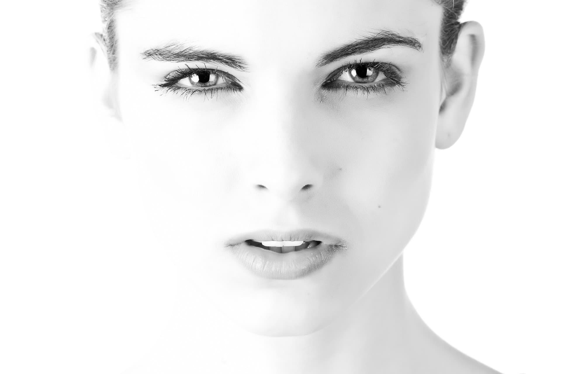 Kosmezeutische Hautpflege-Lösungen - 3 RINGS